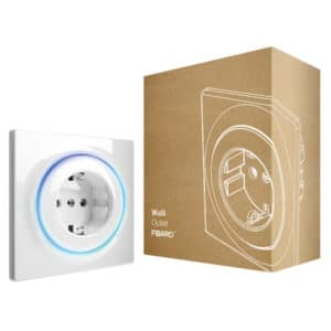 FIBARO Walli Outlet F FGWOF-011